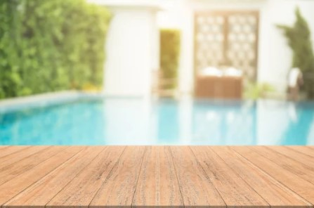 when to close your pool